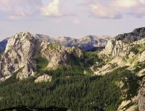 50.Pohled do údolí (Slovinsko)